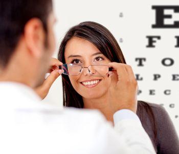 Miopia e non solo: come correggere la vista con il laser