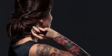 Come rimuovere un tatuaggio con il metodo TES