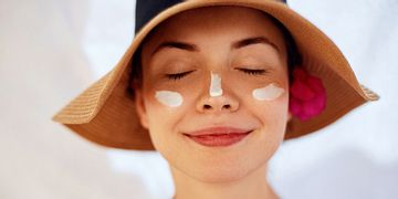 Rigenera la tua pelle dopo l'estate con vitamine e aloe vera
