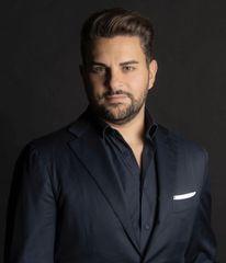 Dr Luciano Perrone