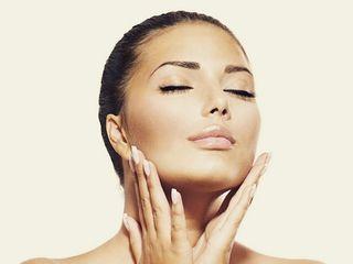 Tossina botulinica per un viso più giovane e fresco