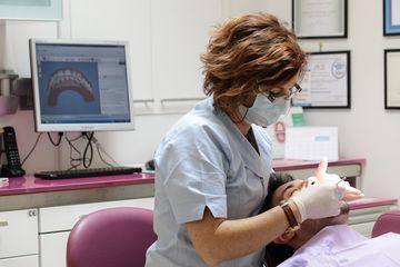 Trattamenti dentali all'avanguardia
