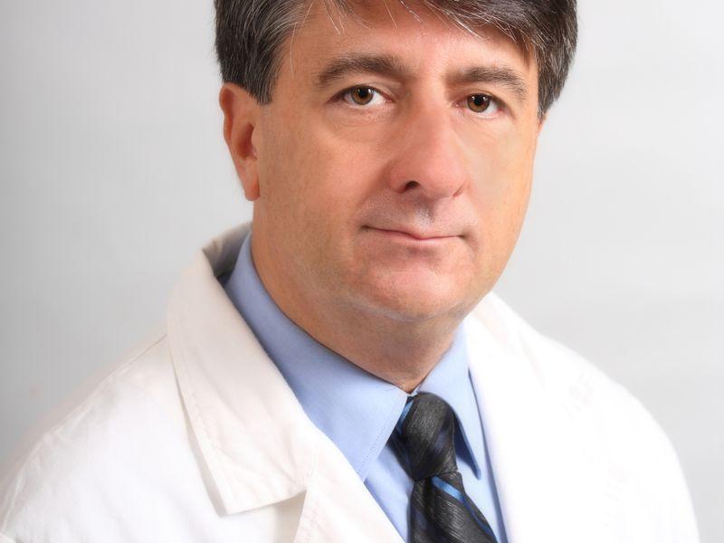 Dr. Zunica Roberto