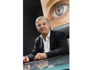Dr. Raoul Novelli