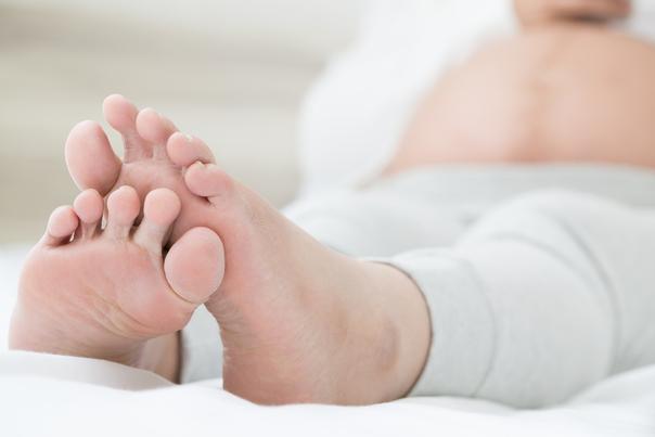 gambe gonfie e dolori