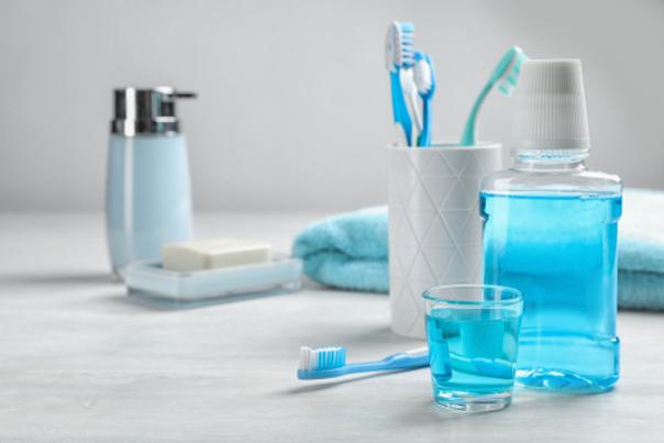 Igiene dentale per denti più bianchi